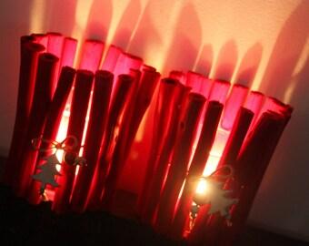 "Red duo of lanterns ""Spirit of Christmas"" & trees"