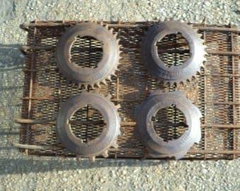 4 Rusty vintage cole mfg. seeder gears charlotte n.c.