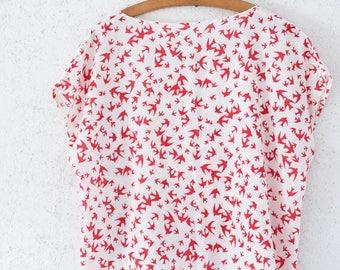 Vintage Oversized Leinen Shirt Top Gr. S/M  80s maritim rot Schwalben weiß