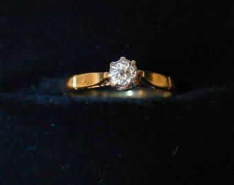 Diamond solitaire ring 18 carat gold cnt