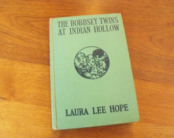 1940 The Bobbsey Twins At Indian Hollow