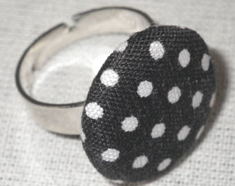 Bague087 - Silver ring fabric black with white polka dots
