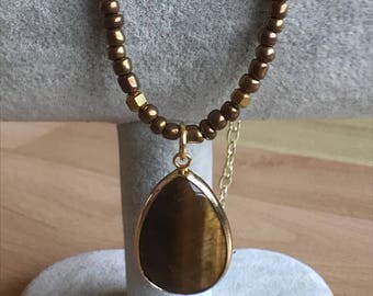 Beaded necklace with Tiger's Eye Pendant