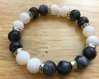 10mm Larvikite and white alabaster stretch bracelet