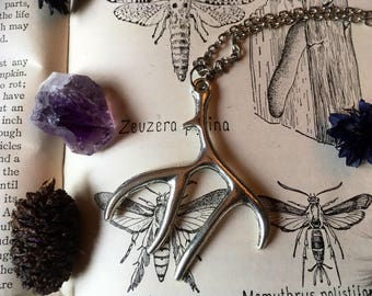 Silver Style Antler Necklace