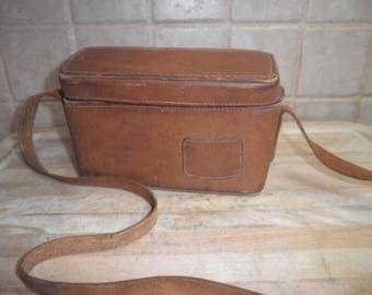 Vintage Belding Calinia saddle leather bag