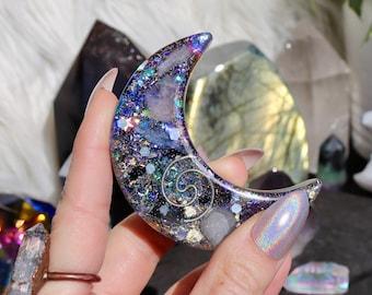 Orgonite® - Moon - Holographic - Handmade - Orgone Generator® - Orgone Energy - Crystals - Gift - Dreams - Quartz - HoodXHippie