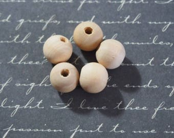 10 beads raw wood ready to decorate 10mm