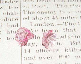 2 pink flowers acrylic transparent 15x12mm