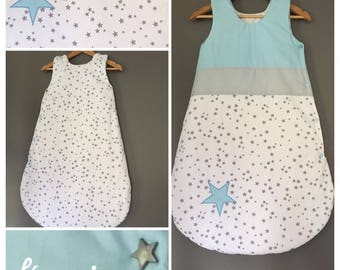 Sleeping bag 6-12 months in white cotton printed grey and blue stars