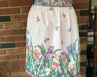 Vintage Half Apron Featuring Pretty Spring Flowers / White, Pink, Blue, Green