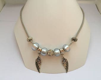 charm's grey silver necklace with wings ref 800