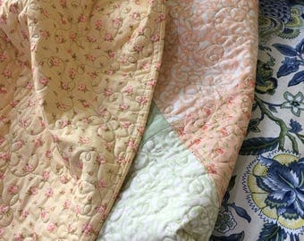 Baby Crib size Quilt with Beautiful ButterflyTopstiching