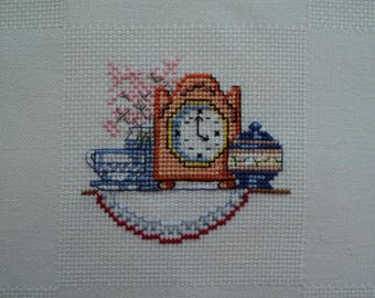 pendulum, sugar bowl and Cup, embroidered on Aida cloth, to frame or sew