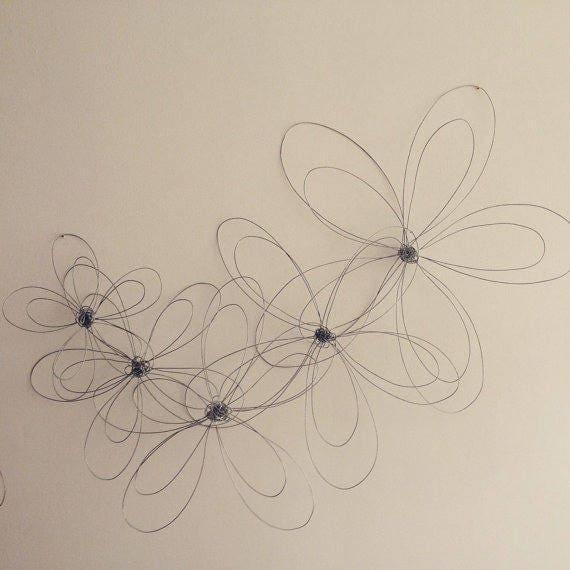 d coration murale ensemble de 5 fleurs en acier. Black Bedroom Furniture Sets. Home Design Ideas