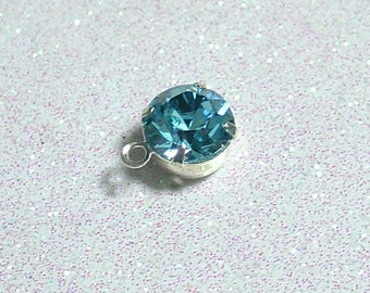 SILVER RING WITH 8MM AQUAMARINE SWAROVSKI PENDANT