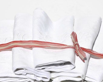 French Vintage linen napkins ,serviettes ,set of eight monogrammed with the initials L and R,