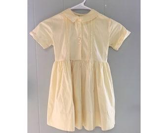 Vtg 1950s butter yellow shirt dress with Peter Pan collar