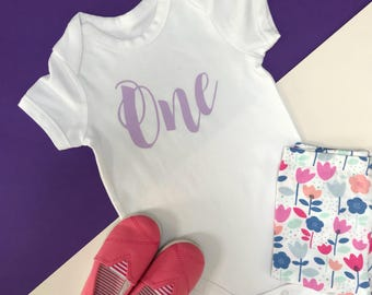 Pink Glitter Baby Girl 1st Birthday Outfit   One Year Old Girl Birthday Outfit   Cake Smash Outfit Girl   SS Vest Script One