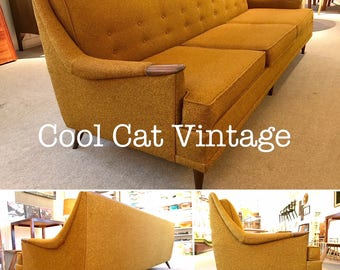 Mid Century Modern Kroehler Avant Sofa (*please see notes on shipping)