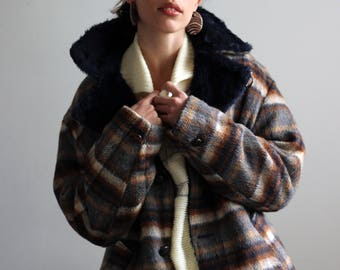 70's plaid coat / plaid wool coat / oversized coat / faux fur coat / chunky coat