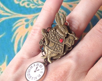 Adjustable rabbit from alice and clock ring