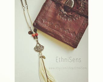 VINTAGE BOHO necklace - bronze chain, beads coral, off - white tassel necklace