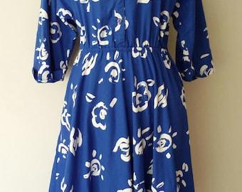 Happy shirtdress, M, L, mod dress, blue dress, cotton dress, summer dress, bold dress, 80's dress, shirtdress