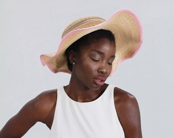 410 - 775 Pink Swiss Braid & Natural Straw Clam Shell Straw Hat