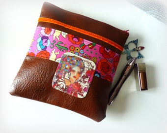 Bohemian wallet imitation leather Brown flower portrait of woman-cosmetic case ethnic Piece unique