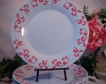 ON SALE Vintage China Dinner Plates – Set of 4 - White with Red Design