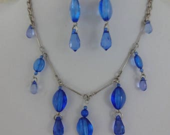 Vintage Blue Lucite Necklace and Blue Lucite Earrings Set, Demi Parure Necklace Set, Waterfall Necklace, Blue Dangle Earrings, Lucite