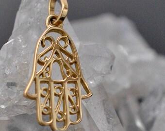 18ct or 14ct gold Hamsa, Hand of fatima pendant. hamesh hand