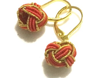 Red and Gold Miniature Earrings, Hand Woven Earring, Xmas Gift, Tiny Gold Drop Earrings, Girlfriend Gift,Unique Style Gift,On Trend style