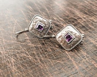 Vintage 925 sterling silver diamond-shaped dangle earrings with purple stone