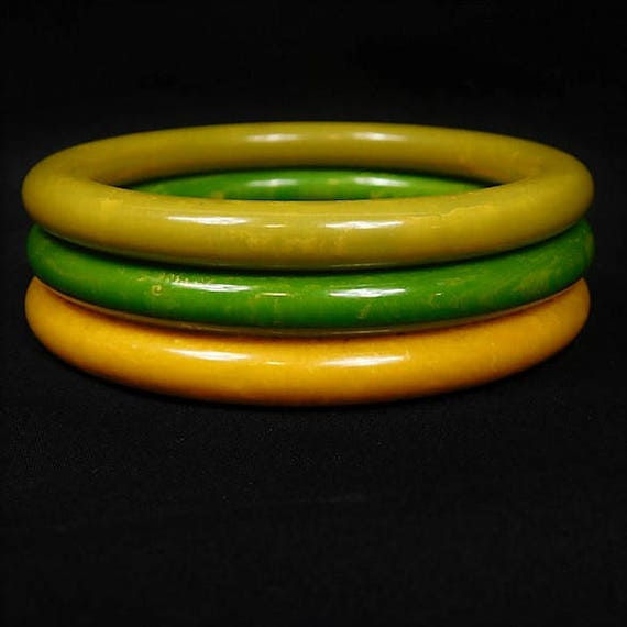 Bakelite Bangle / Set of 3 / Stackable