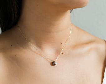 Dainty Labradorite Necklace / 14k Gold Filled Labradorite Necklace / Gemstone Layering Necklace / Boho Jewelry / Gift for Her