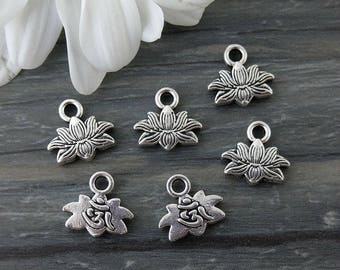 Lotus Charms, OM Charms, 5/10/20pcs, Antique Silver, Flower Charms, Yoga Charms, CH213