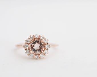Rose Gold Morganite Ring, Round Morganite, Diamond Halo Ring, Halo Engagement, Morganite Engagement, Rose Gold Ring, Rose Gold Morganite