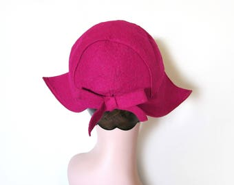 Vintage Raspberry Pink Wool Hat w/Bow~ Circa 1940's