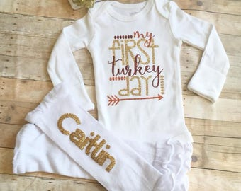 Newborn Thanksgiving Coming Home Outfit, 1st Thanksgiving Outfit, Bow Hospital Hat, First Thanksgiving Bodysuit, Personalized Baby Clothes