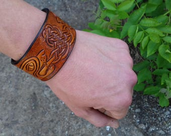 Viking Bracelet Leather, Celtic Dog Head, Celtic leather bracelet, Norse Mythology, celtic leather cuff, Dog Head Bracelet, Viking Jewelry