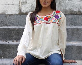 Marian Mexican embroidered blouse Long sleeve