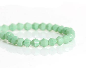 50 color bicone beads green clear glass 4mm-shaped beads / Bicone beads