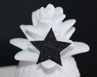 Glitter star brooch blue black