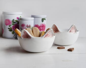 Bowl with cat ears, white bowl, cat, kitten, bowl with cat, ceramic cat, breakfast bowl, bowl with a cat,