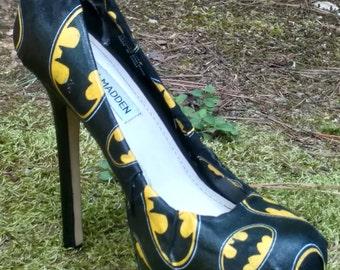 Batman Pumps