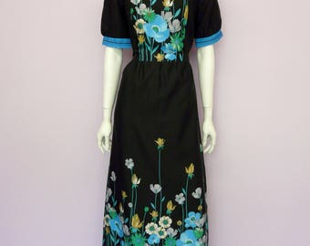 Vintage 70's full length black floral dress // maxi // boho // flower print // Ein Ere modell // Eur 42 / US 12 / UK 14