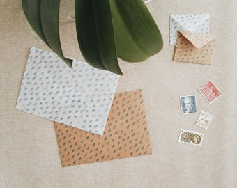 Raindrops envelope set