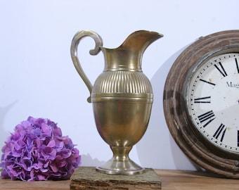 Aiguière néoclassique / pichet à eau en laiton, 19eme siècle